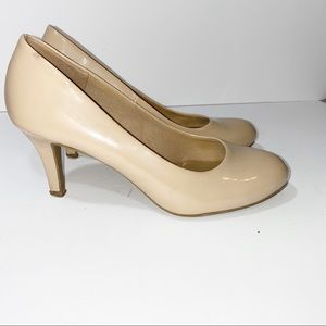 Comfort Plus by Predictions Patent Nude Pump 5.5